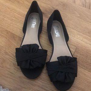 Never worn peep toe flats